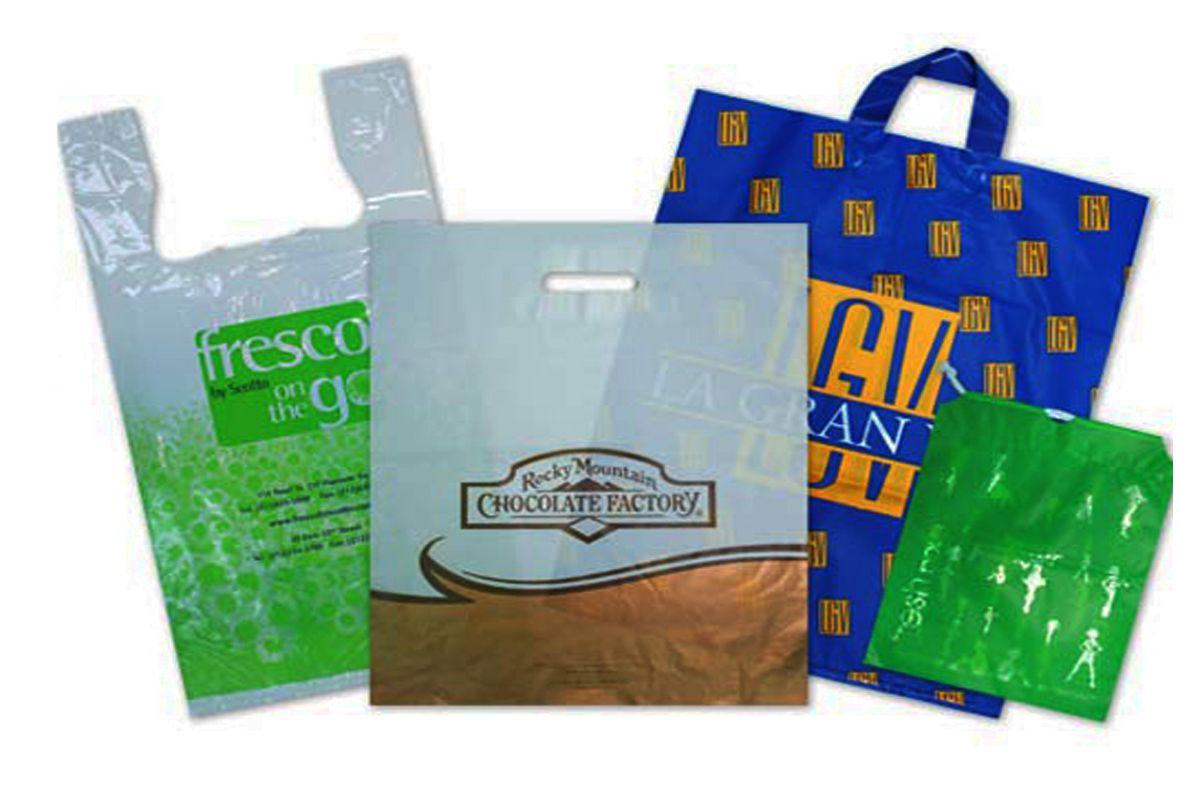 прозрачные упаковочные пакеты на липкой ленте
